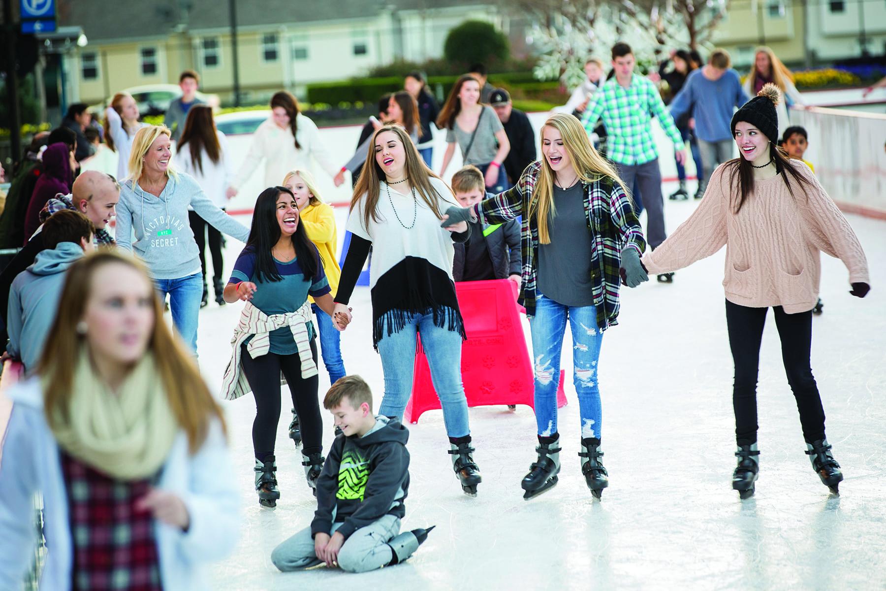 group-of-people-skating